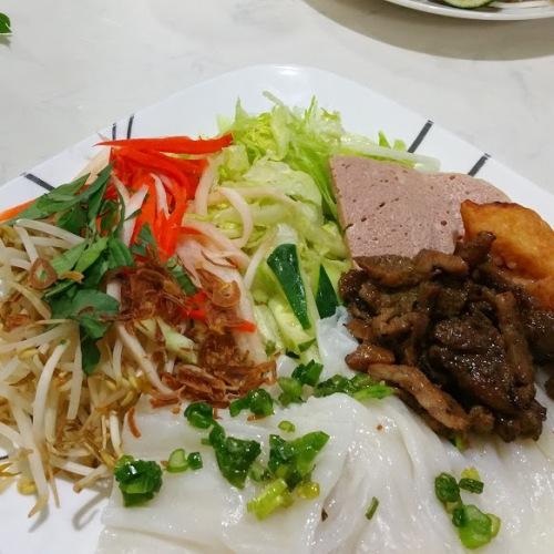 Vietmamese Thin Pancakes w Vietnamese Ham
