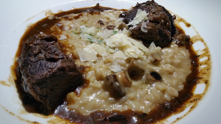 Braised Short Ribs Riaotto Truffel oil