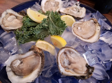 Fresh Schucked Oysters