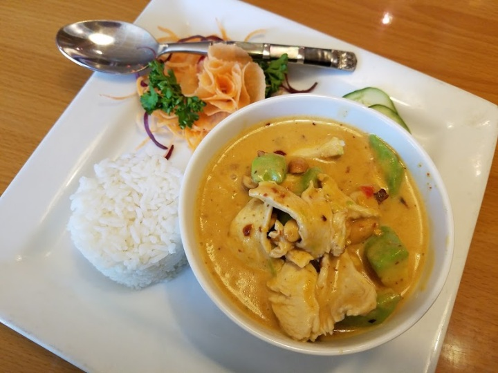 Massaman Curry w Rice